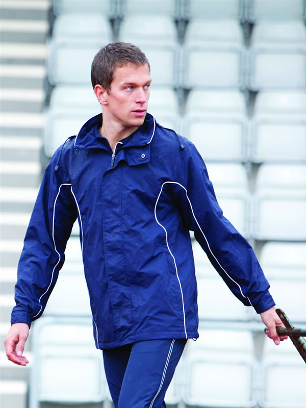 SHOWERPROOF PERFORMANCE OUTER JACKET